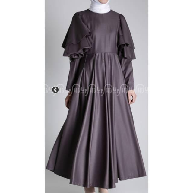 Dress by Nadjani