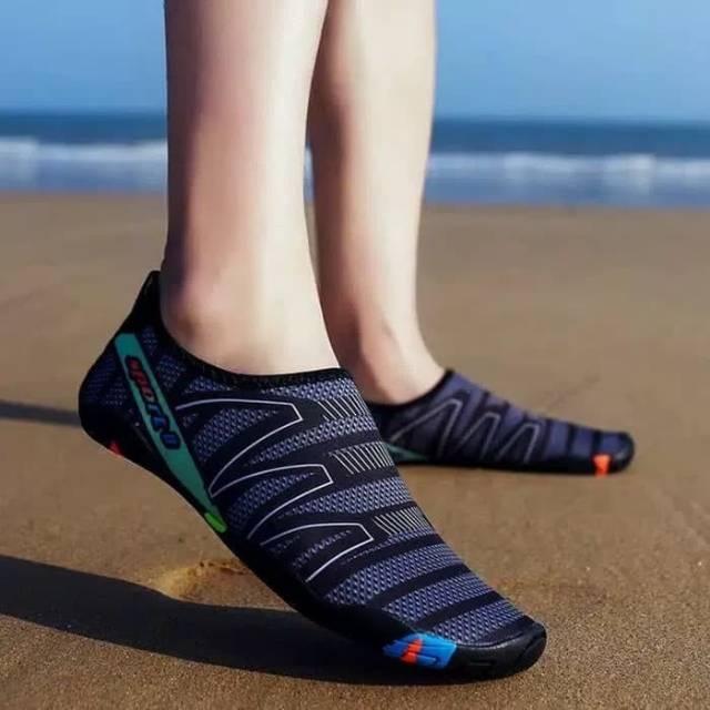 Cara Memilih Sepatu Pantai Yang Bagus