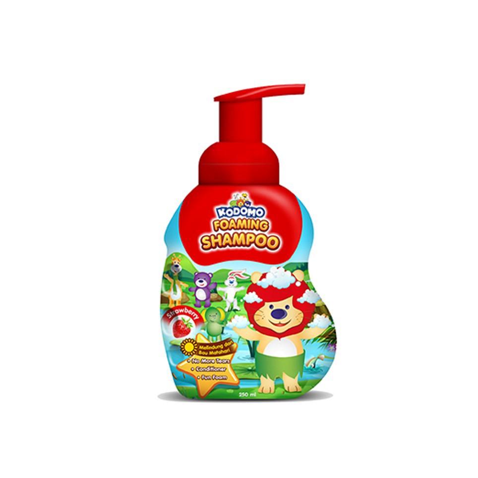 KODOMO Shampoo STRAWBERRY Botol 250ML-1