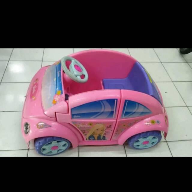Mobil Mobilan Anak Perempuan