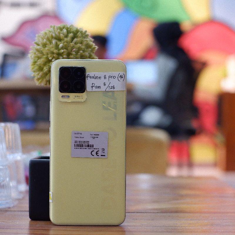 Realme 8 Pro 8/128 Gb Resmi Fullset - Hp Second Bekas