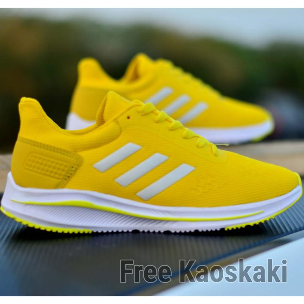 Jual Sepatu Sport Santai Adidas Slip On Slop Casual Hitam Putih