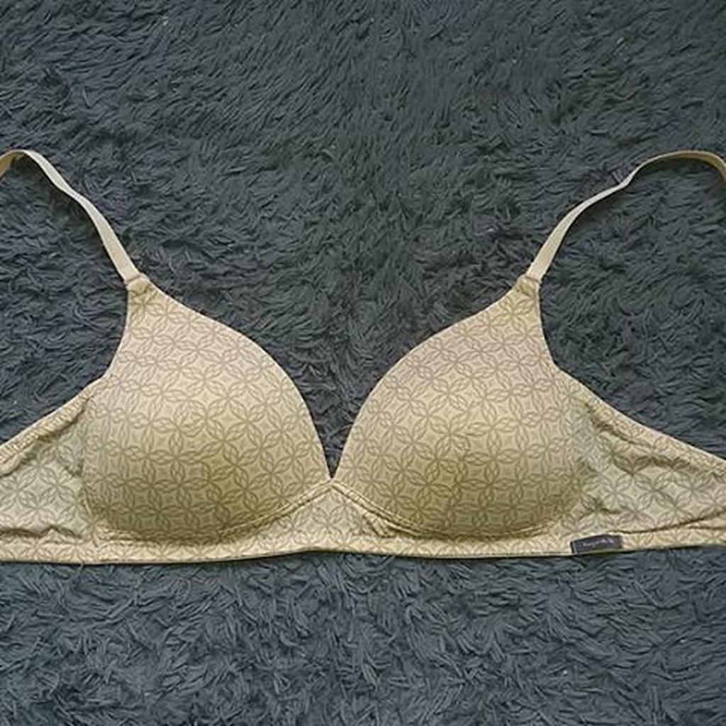 bb18b6ff8bb0 Bra Secret Possessions bombshell with lace busa tebal 34B | Shopee Indonesia