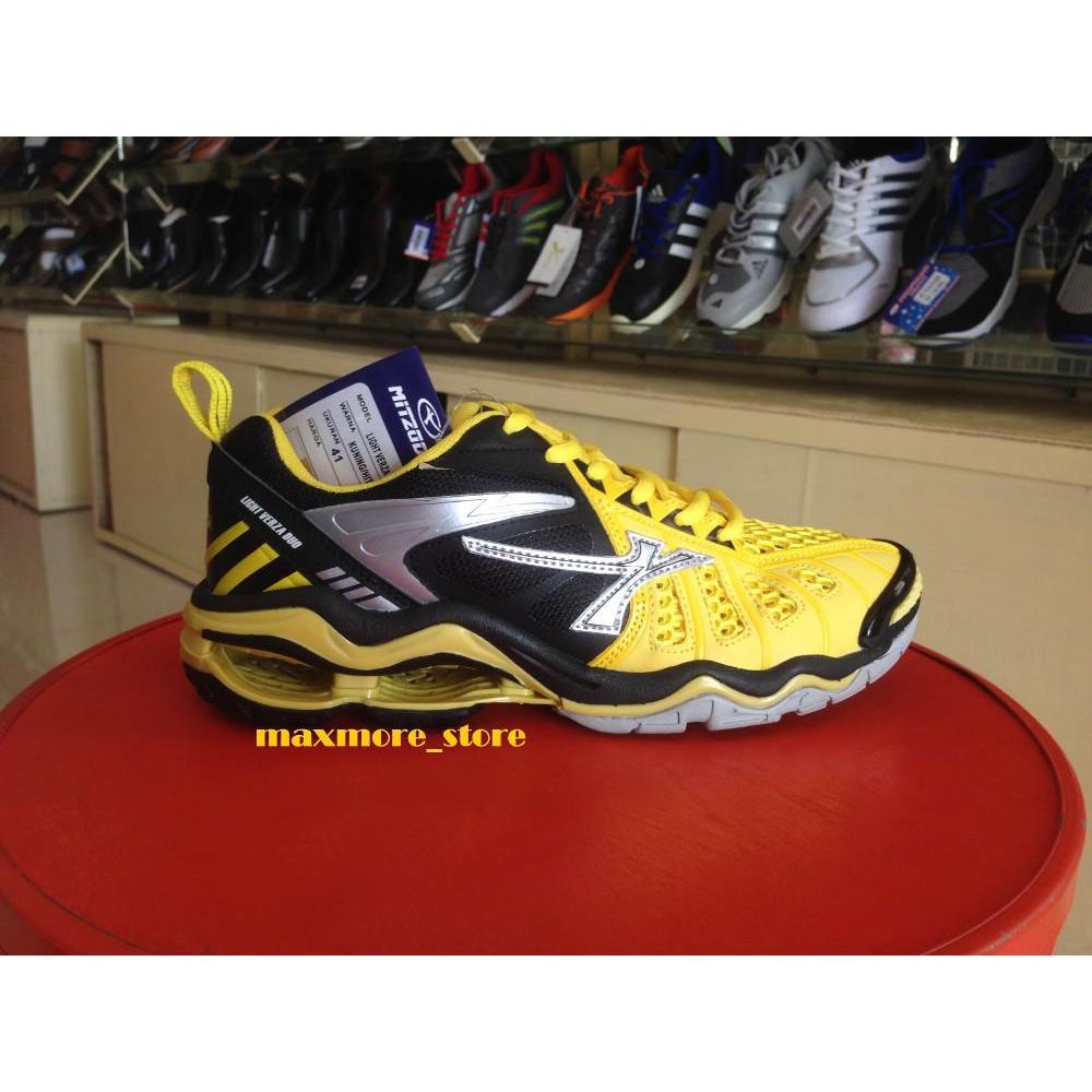 Sepatu Voli Mitzuda Light Verza Duo Yellow   Black + bonus kaos kaki ... a0715d015f