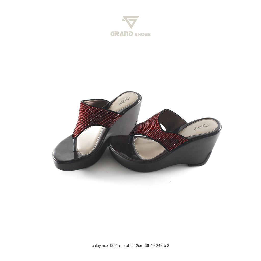 BARU DISC 50% NEWEST TREND ! ORIGINAL CALBI sandal wedges calbi ... 76241f8cbd
