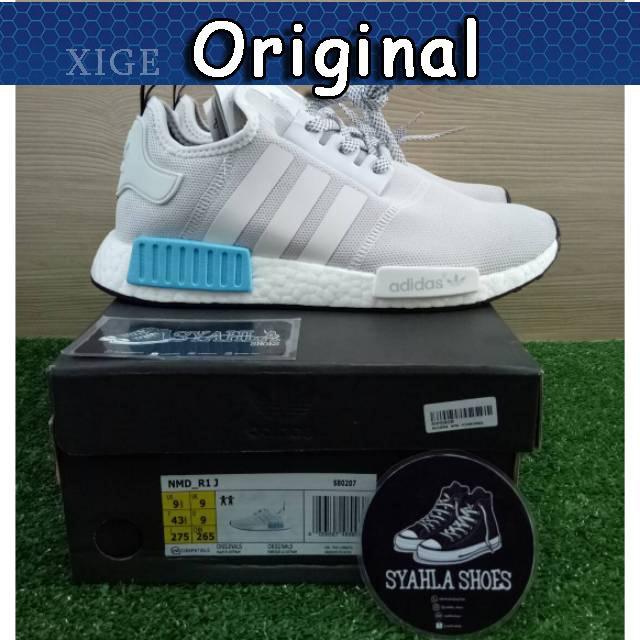 a490fbdb79516 Sepatu Sneakers Desain Adidas NMD R1 Boost Basf 100% Asli Warna Putih    Biru untuk Pria