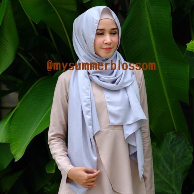 Parisku parisku hijab segiempat instant katun premium duo coffe new . Source · a4e1f7af8174a9ed96c4bbbed91d4469. a4e1f7af8174a9ed96c4bbbed91d4469