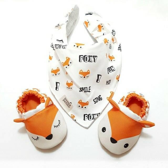 Foxy Petita Petito Baby Shoes and Bibs / Sepatu dan Slaber Bayi -