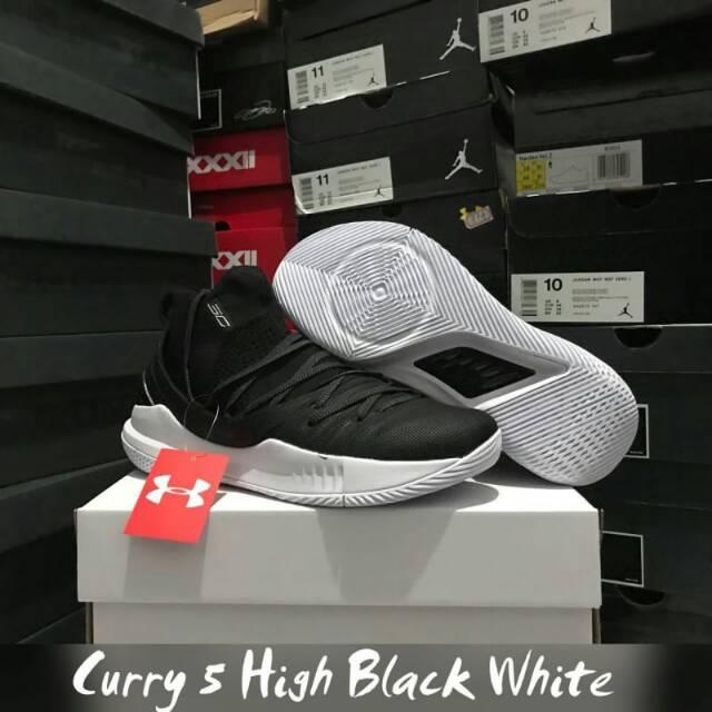 2cba1c387e2f Sepatu basket curry 5 high oreo
