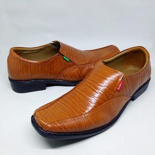 Sepatu Pantofel pria kulit asli 100% coklat tan cokelat muda formal kerja  dinas  0f66e8daa1