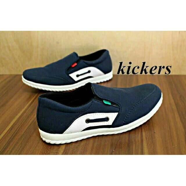 sepatu casual Kickers slop suede pria sepatu santai slip on slop  kickers kickers casual sepatu murah  976cafd475