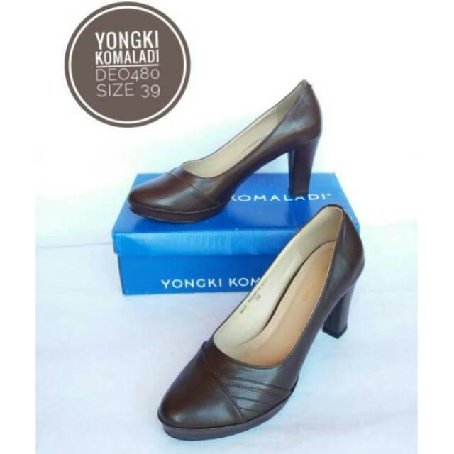 Yongki Komaladi Miranda Heels Cream  6047baa308