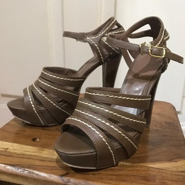 (NEGO) High heels charles   keith ori second  037796f3f2