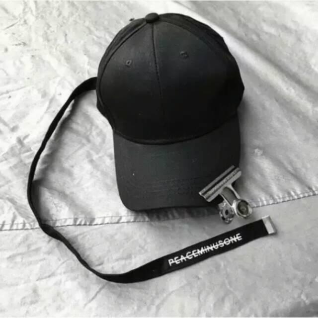 Long Strap Hat