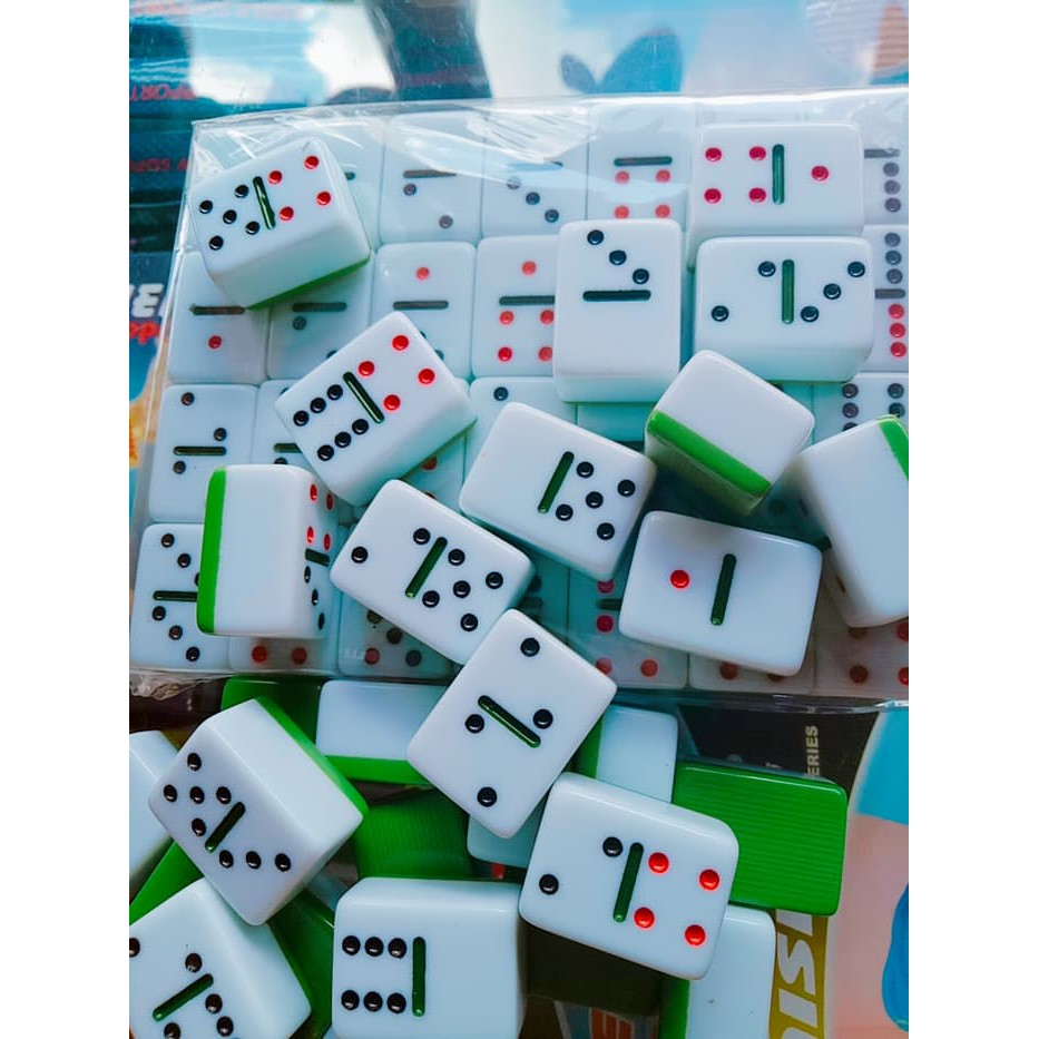 Gambar Batu Domino