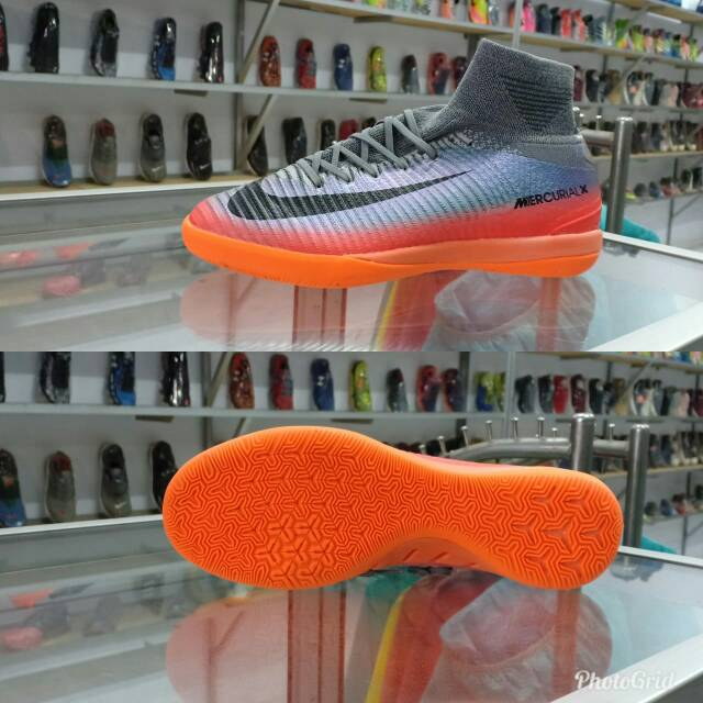 Amigo por correspondencia hilo Resplandor  Sepatu Futsal Nike Mercurial Superfly CR7 Premium | Shopee Indonesia