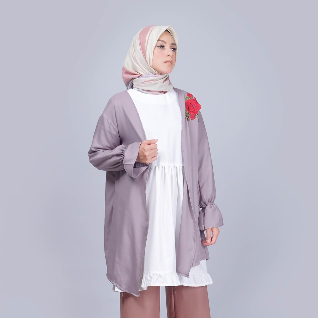 Zaskia Mecca Ebio Black Outer Shopee Indonesia Etsu Milo
