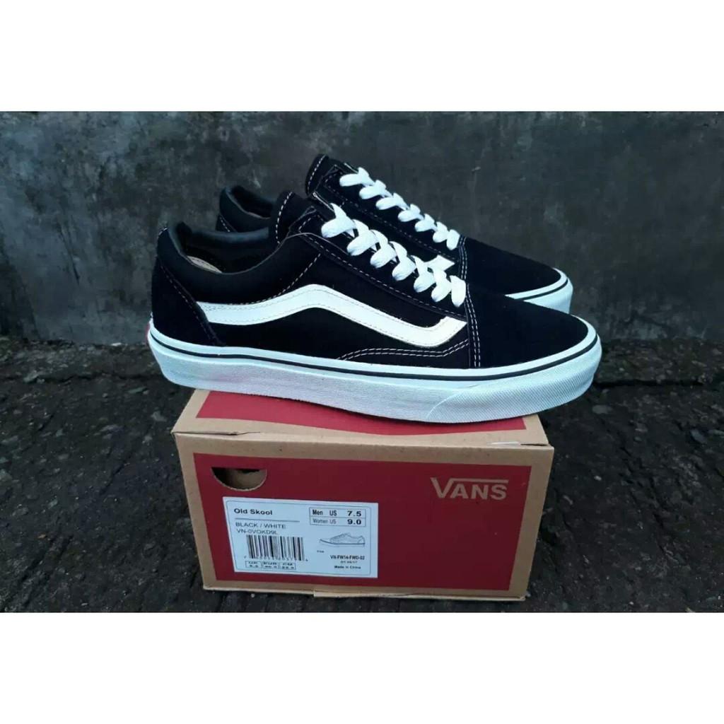 Sepatu Vans old skool hitam navy merah hijau abu sneakers kets casual cowok   337bae4662