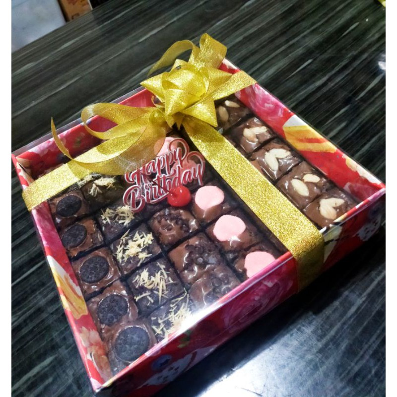 Brownies Fudgy Ulang Tahun