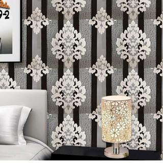 wallpaper dinding kamar murah putih batik salur hitam