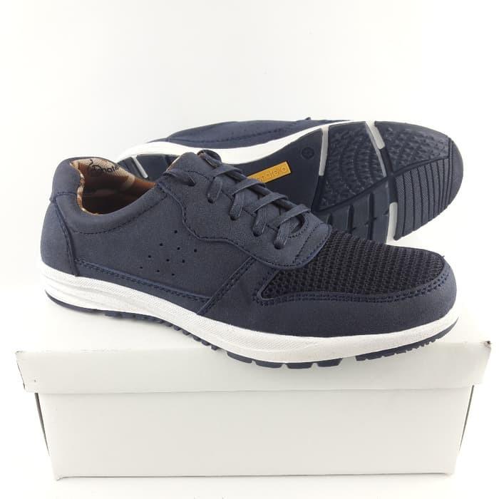 Sepatu Sneakers Pria Donatello Ag 700302 39 43 Shopee Indonesia