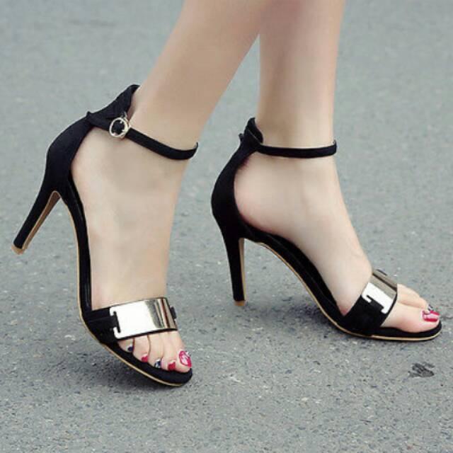 95+ Contoh Model Sepatu Wanita High Heel Paling Hist
