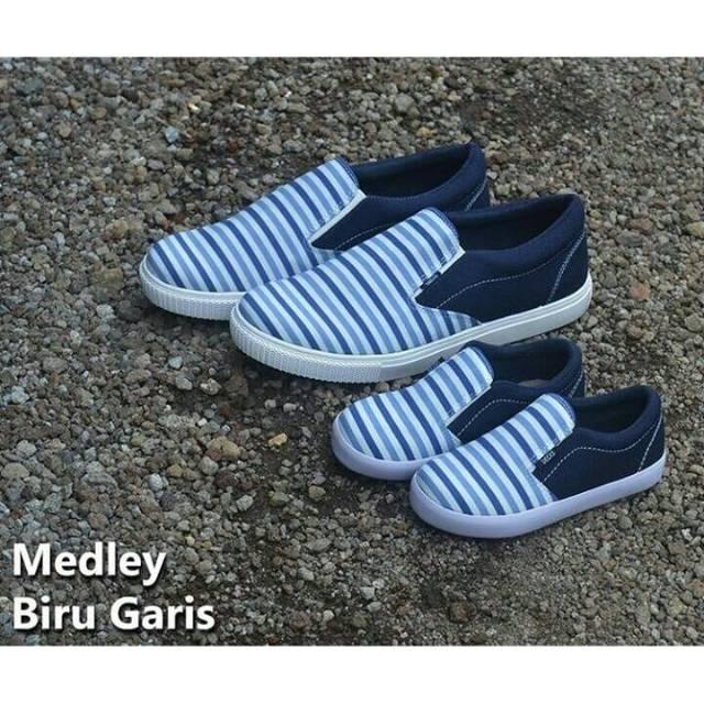 Persib Series Kaos dan Sepatu Couple Decks Kids  a2136f6b4d