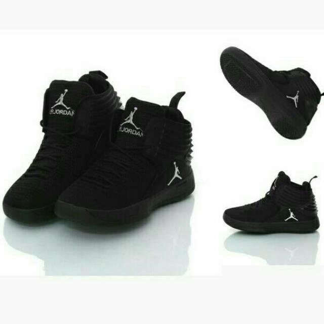 sepatu basket air jordan 4 black full  52c40d336f