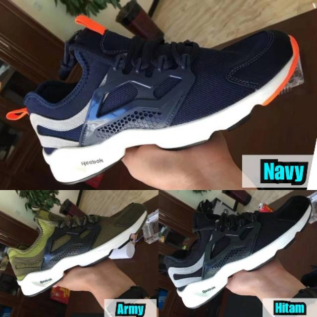 Sepatu Sneakers  7055103a7e