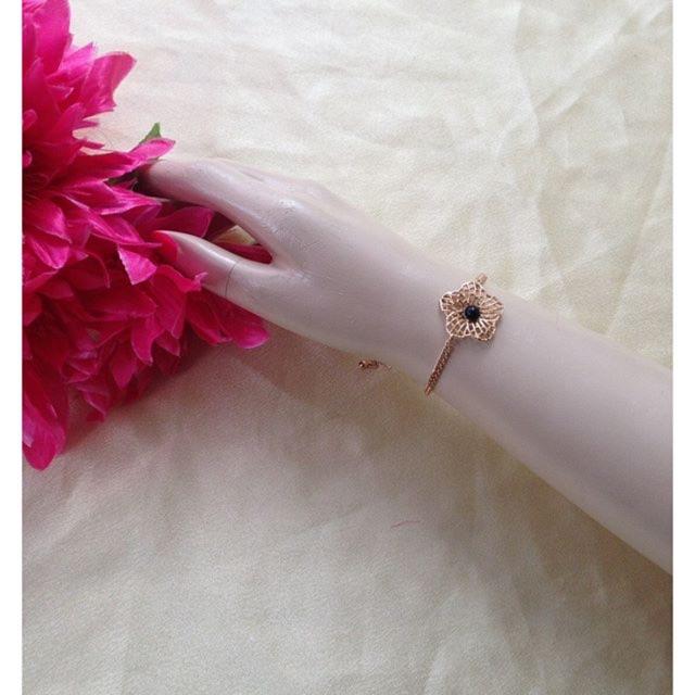 Gelang Bangle Simple Design Elegant Modis Fashionable Murah Kwalitas Trendy Koleksi Terbaru | Shopee Indonesia