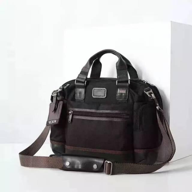 Tumi New Slim Brooks Massenger Bag Black Tas Kerja Pria Tas Selempang Laptop
