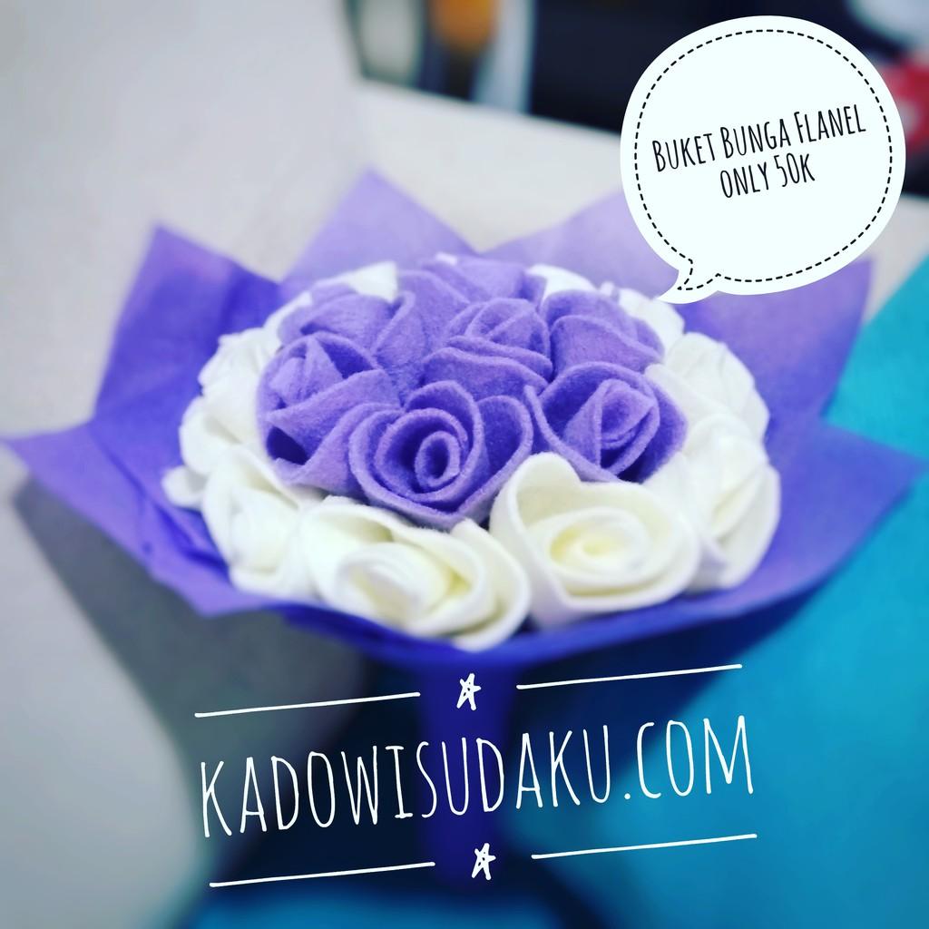 Buket Bunga Putih Pink Ungu Flanel Kado Wisuda 15cm Shopee Indonesia