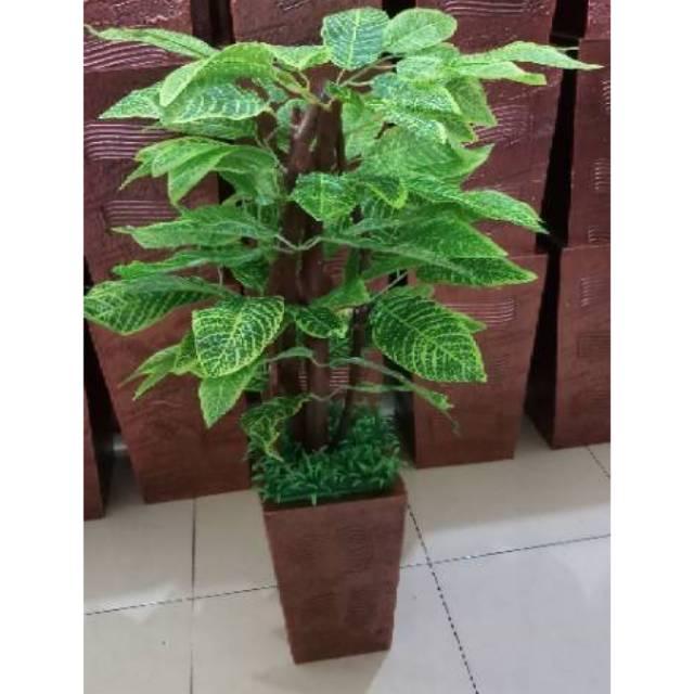BONSAI BUAH KAYU KECIL BELIMBING BUAH ARTIFISIAL DEKORASI RUMAH. Source · pohon artificial- pohon