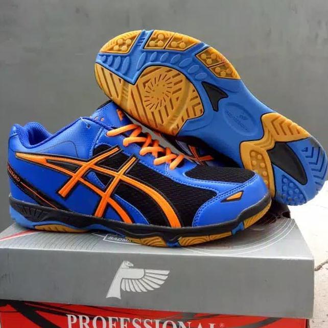 Jual Beli Produk Sepatu Voli - Sepatu Olahraga  f8fa96a196