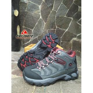 Sepatu Gunung   Sepatu Pendek Consina Volt Men Red  582dd1cb93
