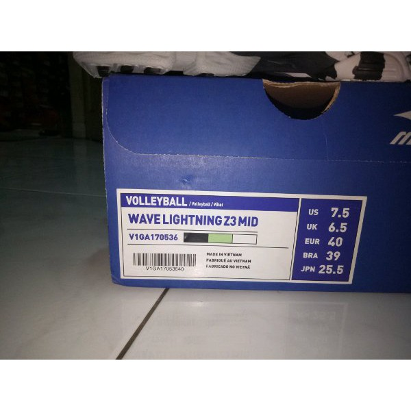 Sepatu Volley Mizuno Original Wave Lightning Z4 Mid Blue V1ga180551 ... d439631fb0
