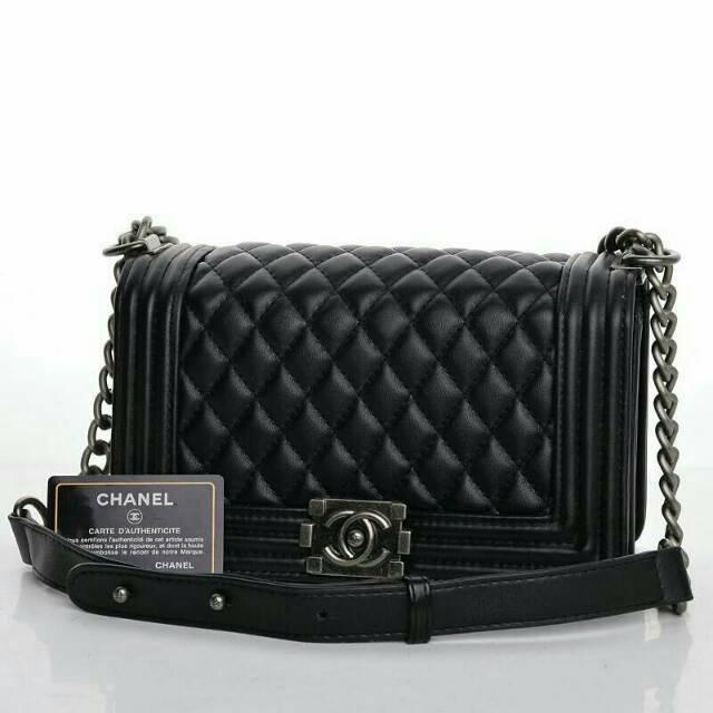 640b1b61b5bde7 TAS BRANDED IMPORT MURAH -Tas Chanel Boy So Black Medium Chevron Hitam Semi  Premium AH9006V-6 | Shopee Indonesia