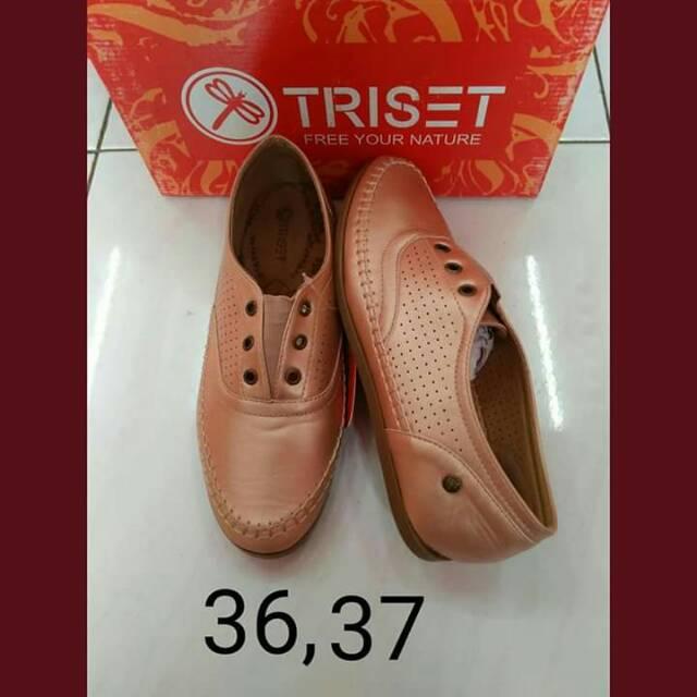 Triset  6784563b7a