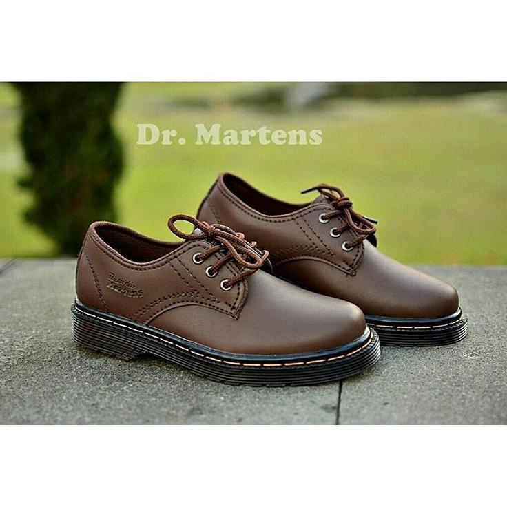 Sepatu Boots Dr Martens sepatu pria Sepatu docmart Sepatu Dokmart kulit  unisex sepatu pdl delta  f41a885943