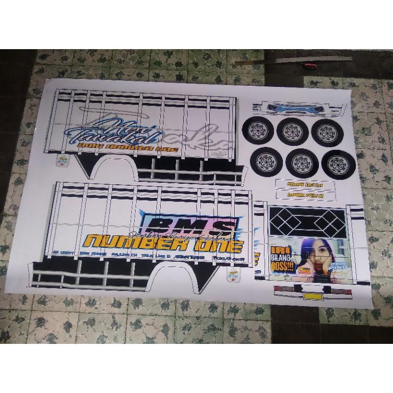 Lembaran PaperCraft Truk Oleng New Tawakal 5 UKuran Super Jumbo Skala 1:10