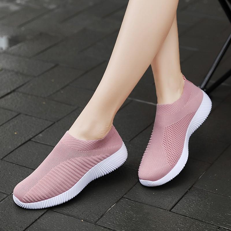 Sepatu Sneakers Wanita Tanpa Tali Model Sport Untuk Lari Ukuran