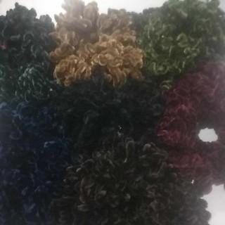 Ikat Rambut Ubur Ubur Besar Warna Warni thumbnail