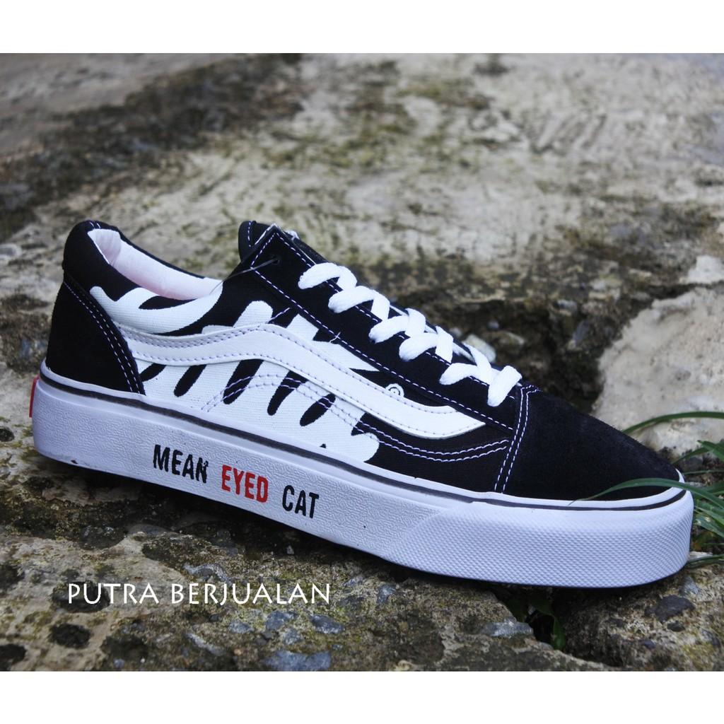 0d108aafa3 Unik Terlaris Sepatu Vans Old Skool Hitam Sale