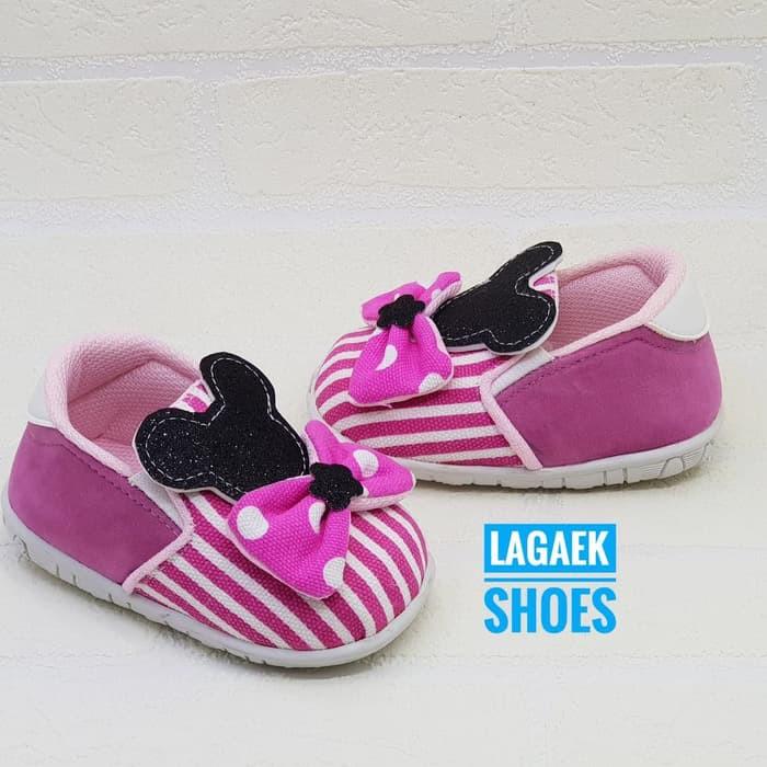 sepatu anak usia 1 2 3 tahun slip on empuk Bunyi motif salur pink pita  polkadot minnie blink hitam 3b18f30ab4