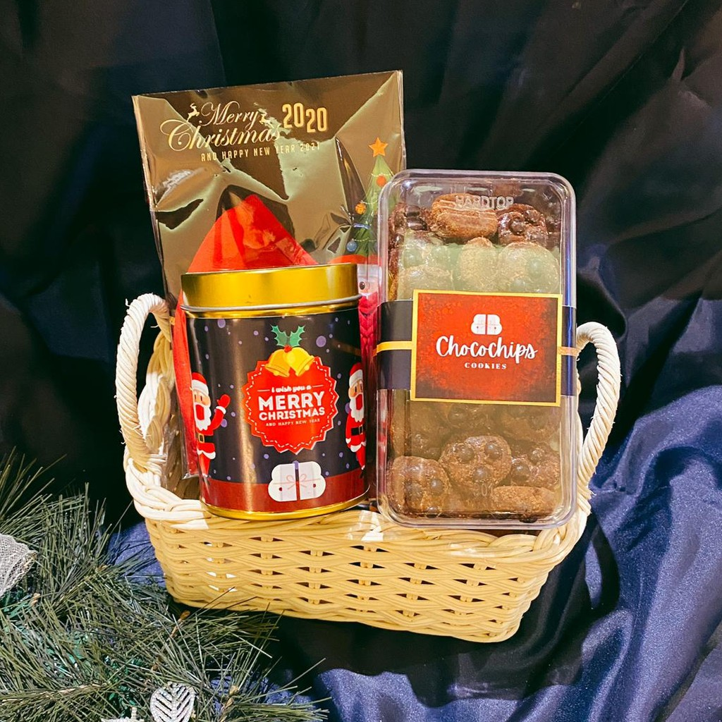 HOLY PACKAGE CHRISTMAS HAMPERS 2020