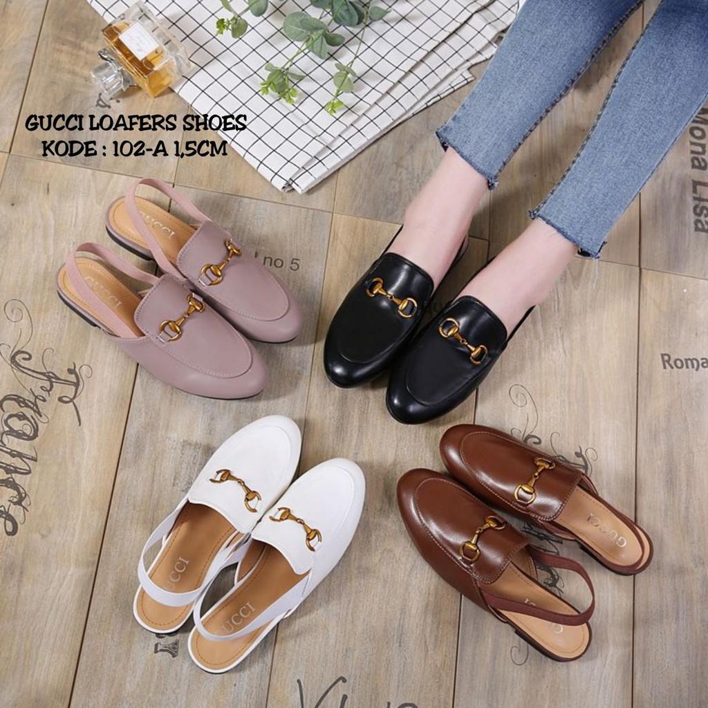 bec7af79bfc Sepatu Loafers Low Block Heels Pointed Toe Aksen Gesper Ala Korea untuk  Wanita