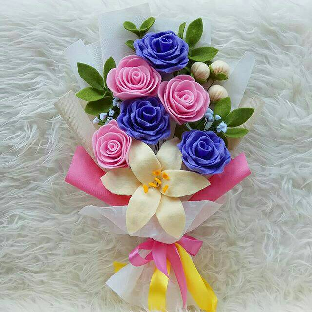 Buket Bunga Wisuda Cantik Shopee Indonesia