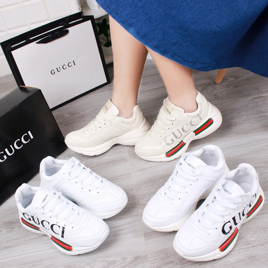 59722b7c4f8 25DES  10Y Gucci Ace Bee Sneakers 318 AN