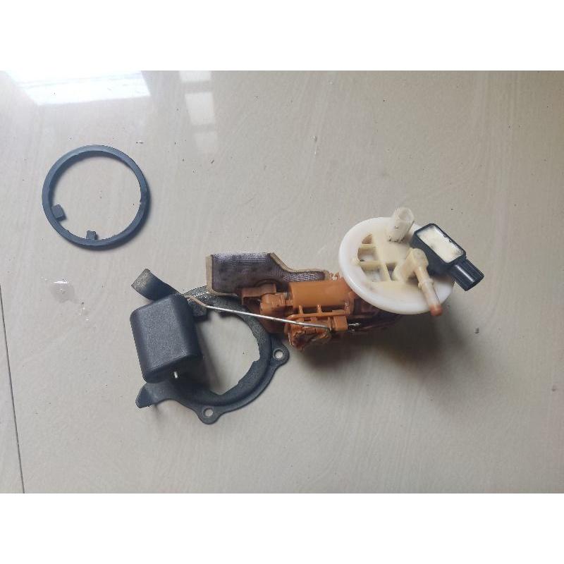 fuel pump/fuelpump/fullpamp/pullpamp pompa bensin yamaha vixion 2013