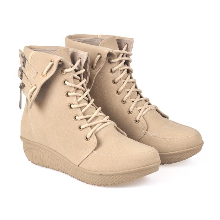 Gosend Ok Sepatu Boot Dengan Merek Buccheri   Dyle - Hitam fade1b3b76